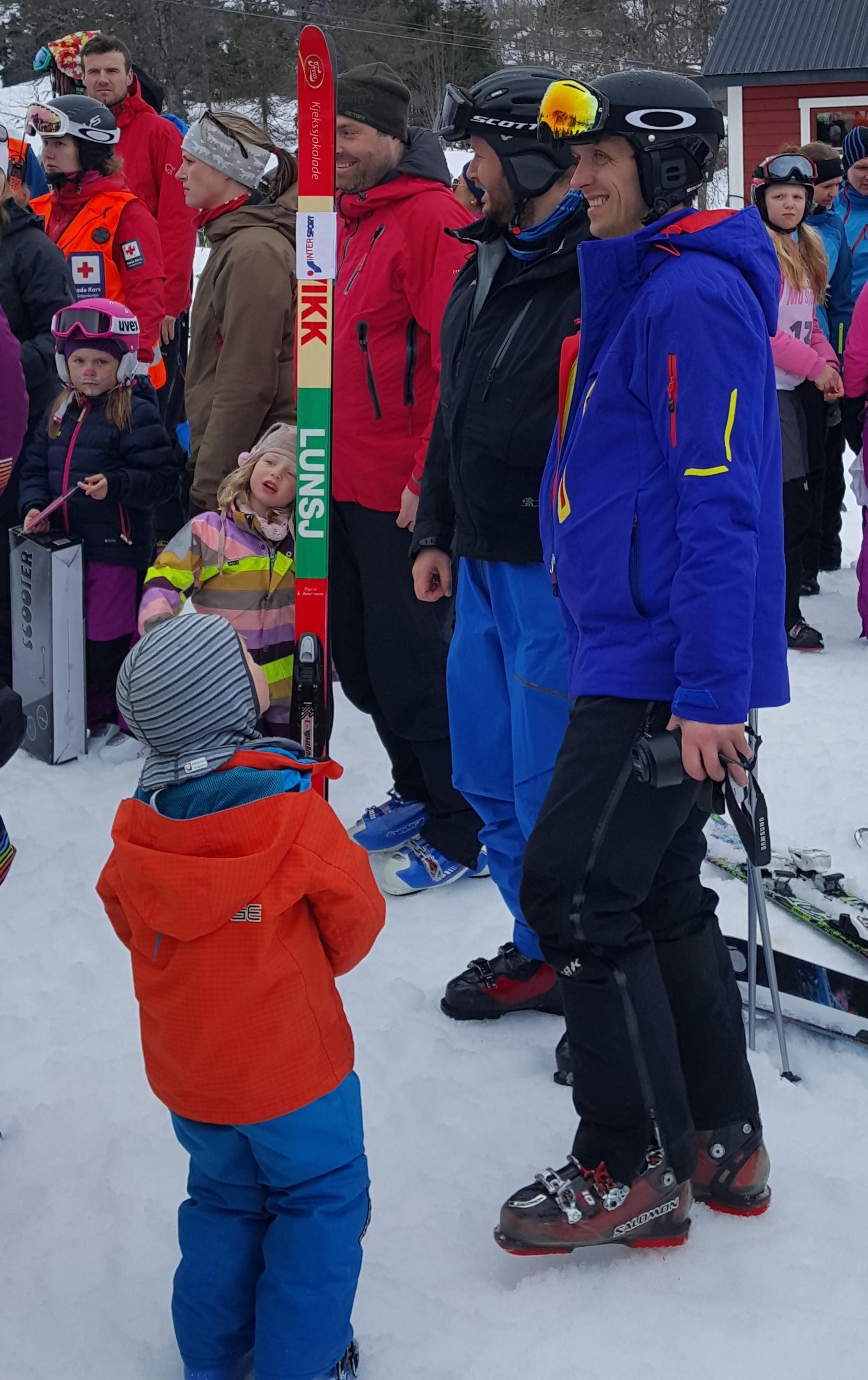 en kry gutt har vunnet kvikk lunch ski
